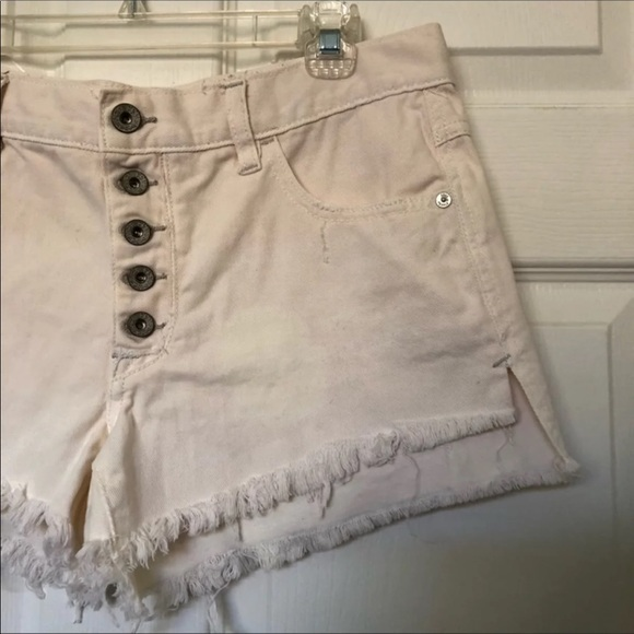 Free People Pants - 🚫Free People White High Waisted Cut Off Shorts